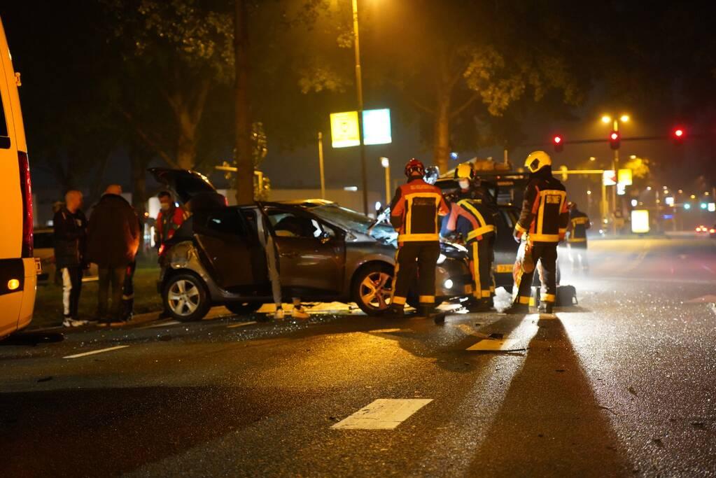 Ravage na botsing met meerdere personenauto's