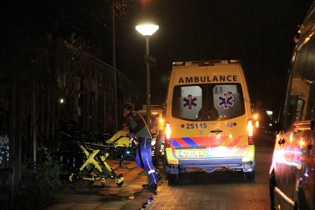 Persoon zwaargewond door incident in woning