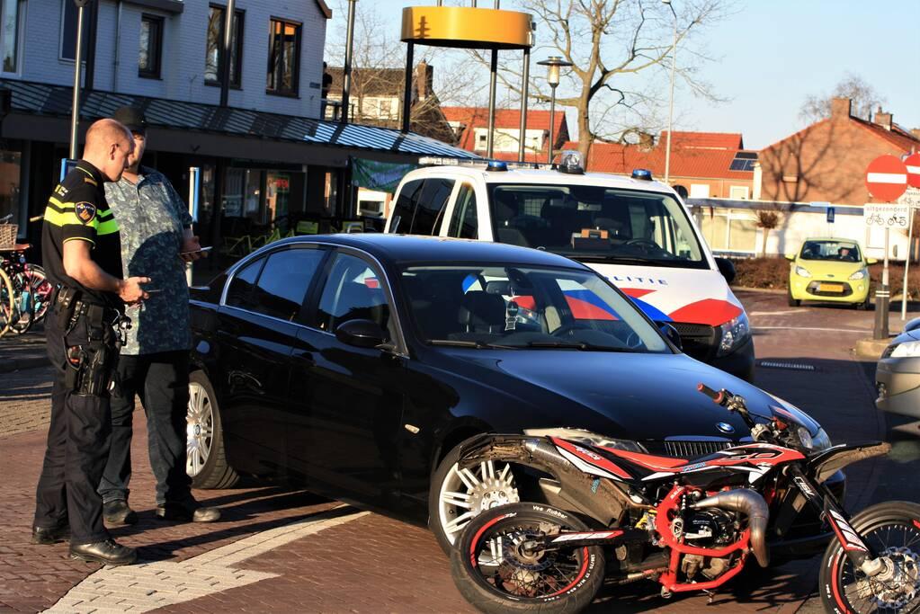 Ongeval tussen brommer en auto
