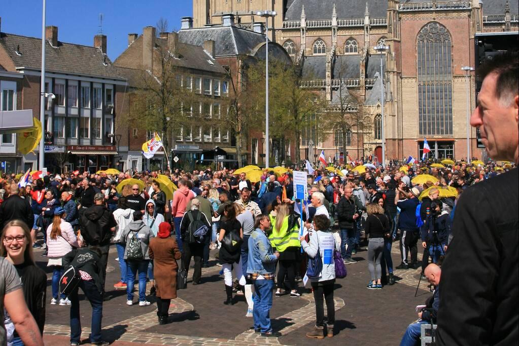Drukte bij demonstratie in binnenstad