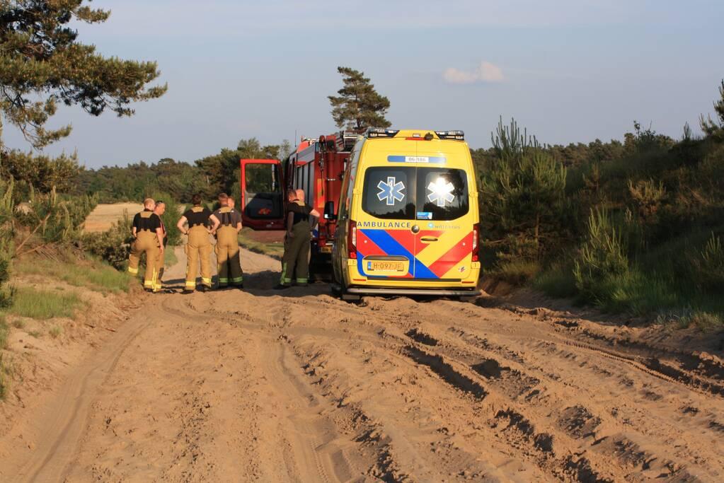 Ambulance rijdt zich vast op oefenterrein