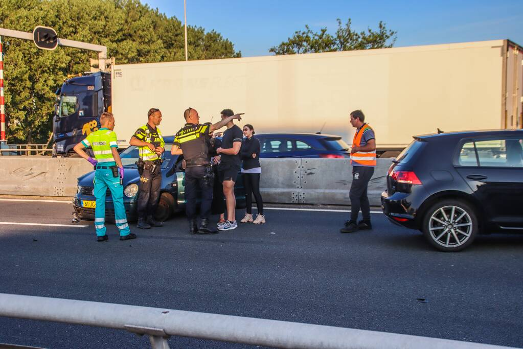 Snelweg afgesloten na ongeval