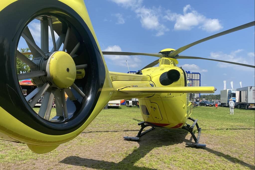 Traumahelikopter landt op vakantiepark Prinsenmeer