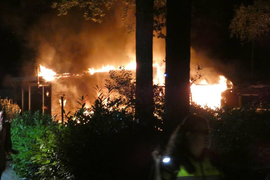 Chalet verwoest door uitslaande brand