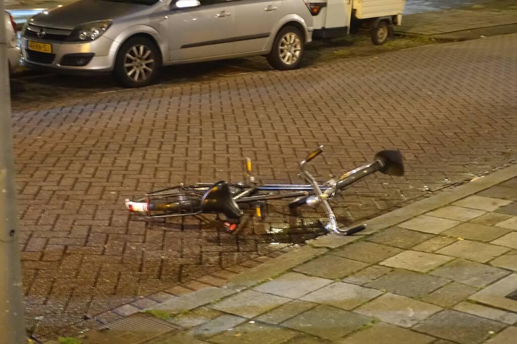 Spookfietser gewond bij aanrijding