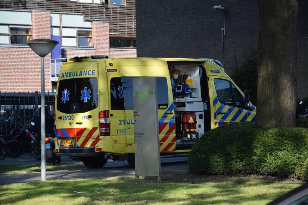 Persoon gewond bij incident Emelwerda College