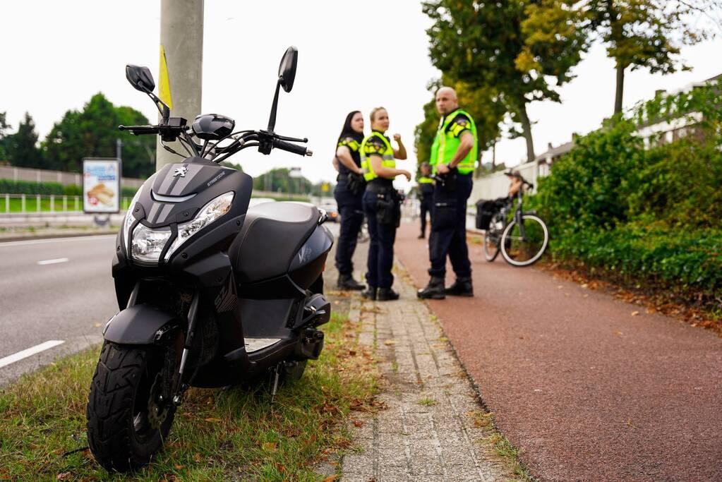 Fietser komt in botsing met scooter