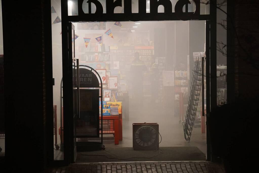 Mistgenerator zet Bruna vol rook