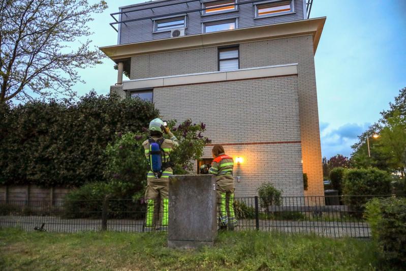 Buurman ontdekt schoorsteenbrand