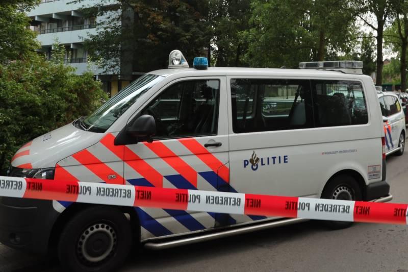 Natte inbreker aangehouden na zoektocht, Noordeinde Lambertschaag - Hardnieuws