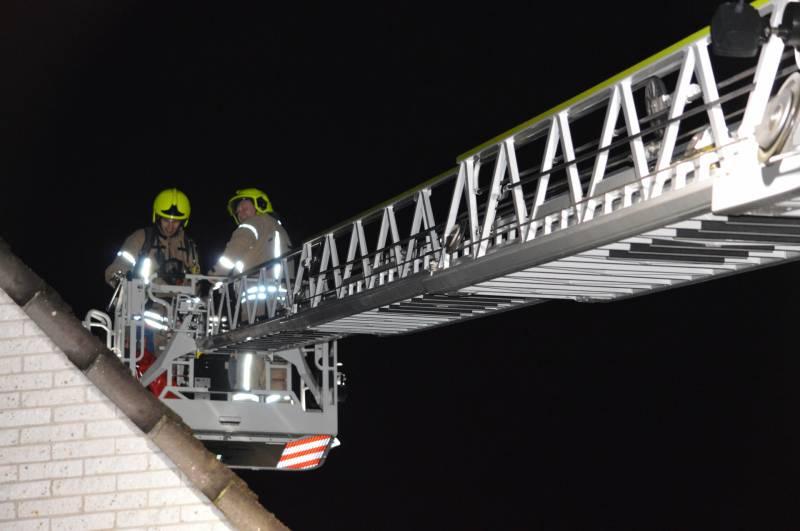 #BerkelenRodenrijs Brandweer onderzoekt vermoedelijke schoorsteenbrand Agaat Berkel en Rodenrijs.