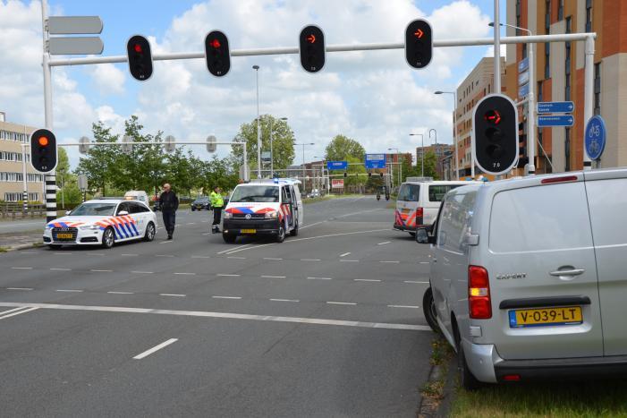 #Leeuwarden Opnieuw aanrijding met fiets, een persoon gewond Julianalaan Leeuwarden.