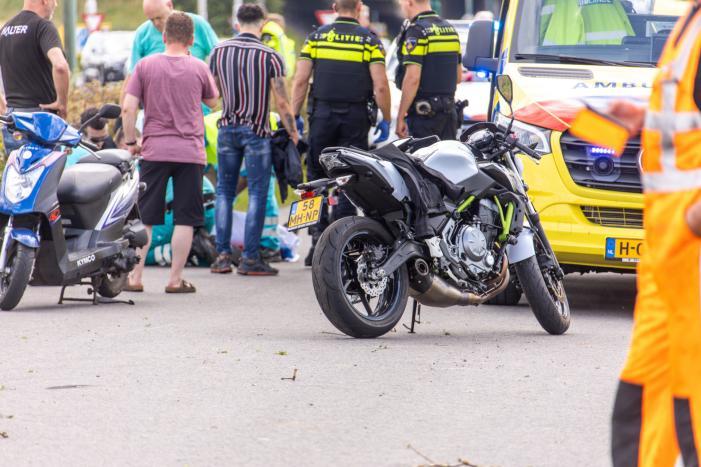 Persoon zwaargewond bij ongeval met motor