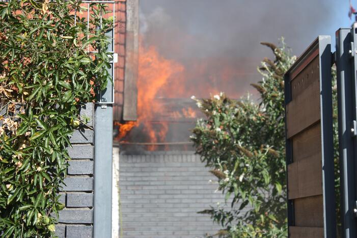 Uitslaande schuurbrand in Soesterkwartier