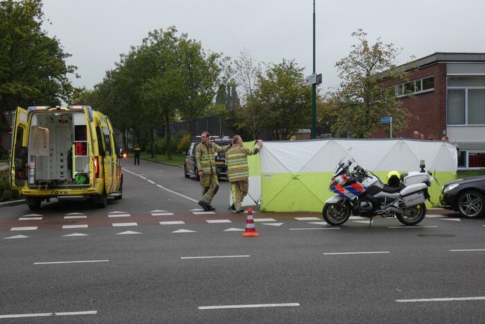Scooterrijder ernstig gewond bij aanrijding met personenwagen