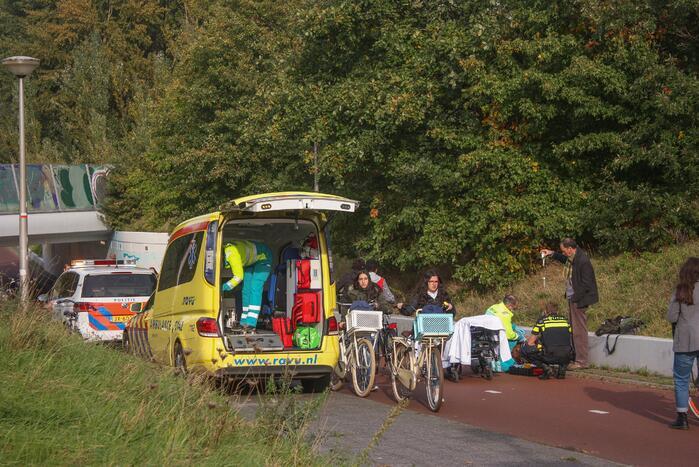 Man gewond na val met scooter in fietstunnel