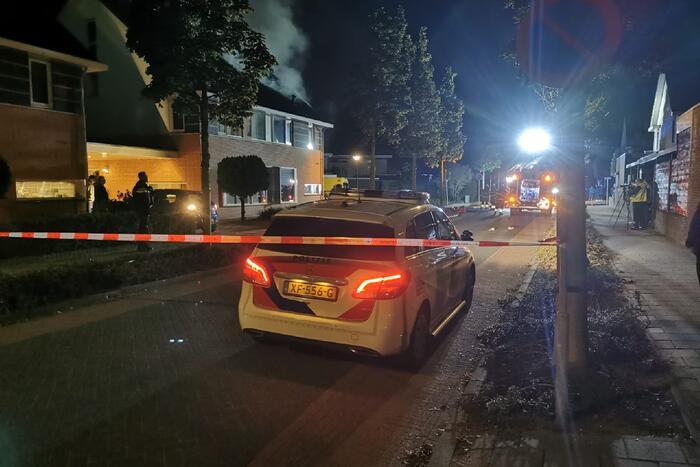 Vier gewonden bij felle woningbrand
