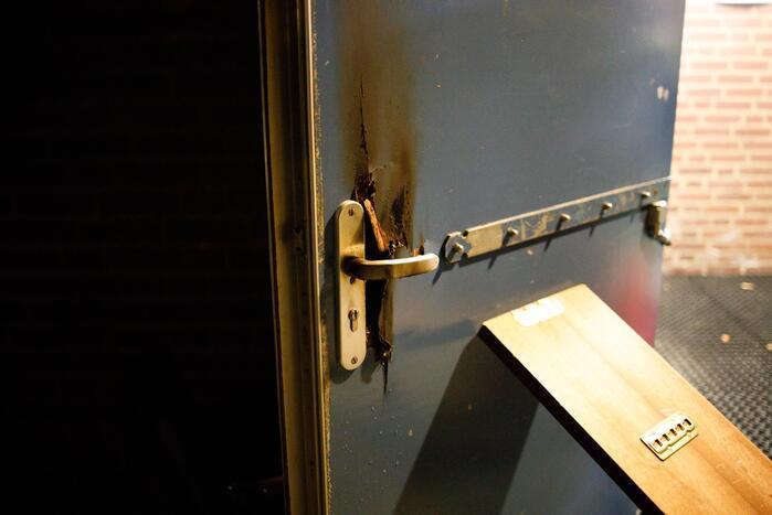 Toegangsdeur opgeblazen van sporthal