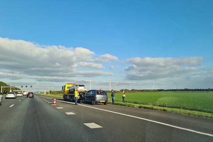 Ongeval tussen twee voertuigen op snelweg