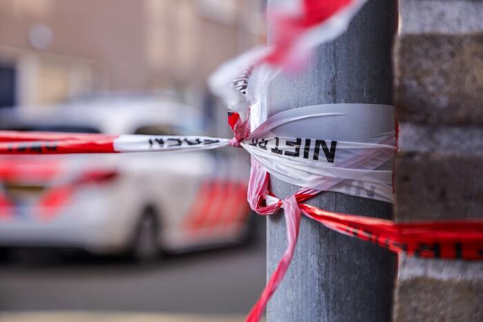 #Rotterdam Politie doet onderzoek bij beschoten woning Da Costastraat Rotterdam.