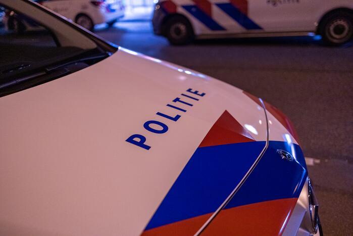Aangetroffen gewonde vrouw (34) op rijbaan in Zuidoost overleden aan verwondingen