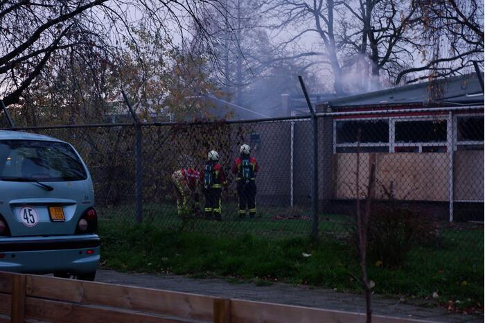 Brand in leegstaand schoolgebouw