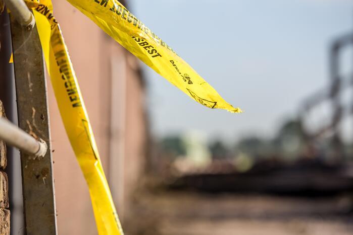 Mogelijk asbest vrijgekomen bij schuurbrand