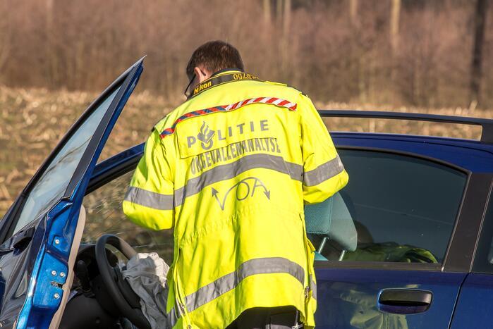 Automobilist overleden bij ongeval