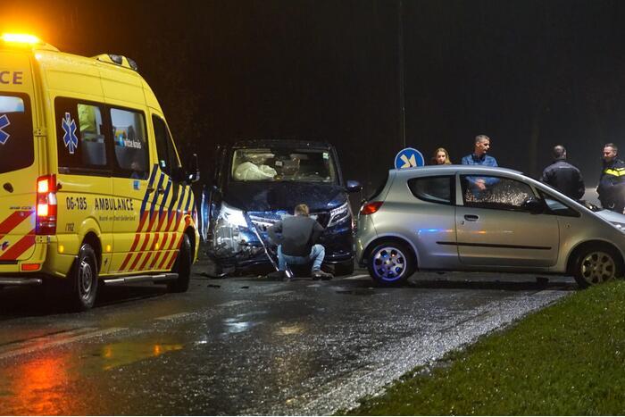 Flinke schade bij ongeval op kruising