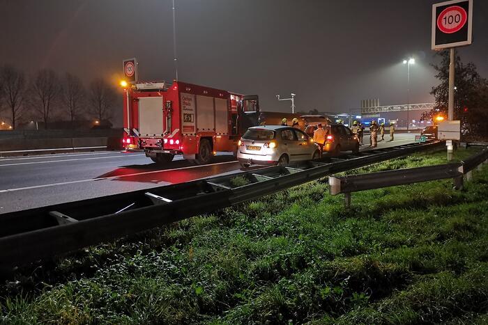 Meerdere voertuigen betrokken bij ongeval op snelweg