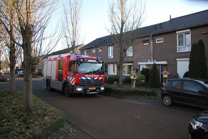 Brandweer doet onderzoek in woning na afgaan van koolmonoxidemelder