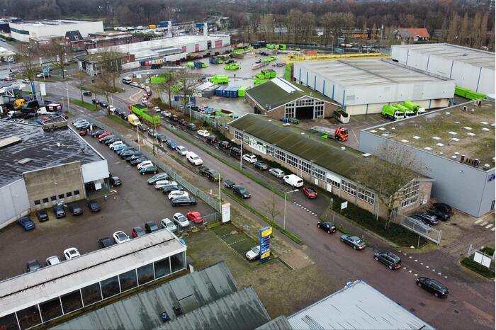 Mega drukte bij ROVA Milieubrengstation tijdens lockdown