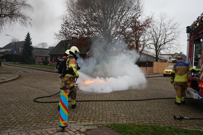 Veel rook bij buitenbrand