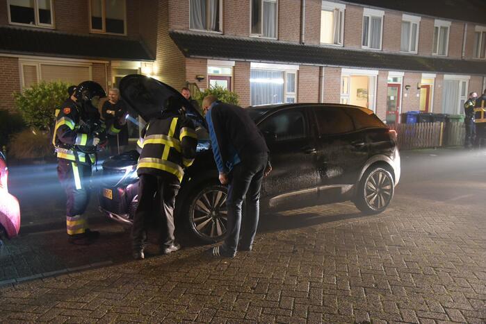 Brand in auto snel geblust