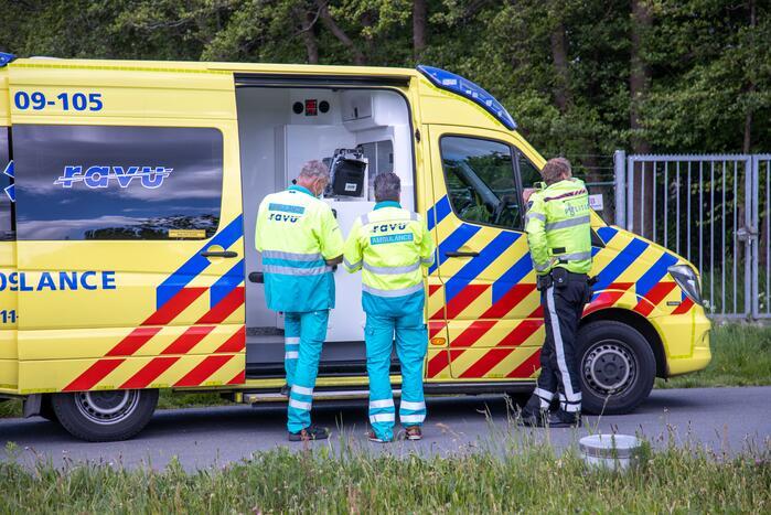 Bromfietser gewond bij aanrijding