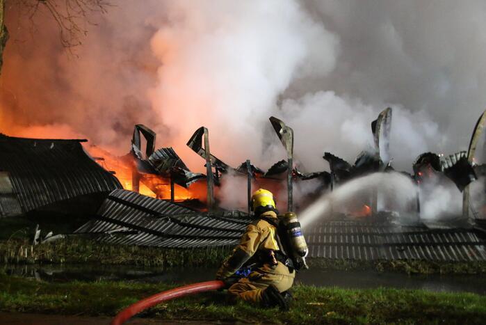 Tribune sportvereniging TOGB in brand