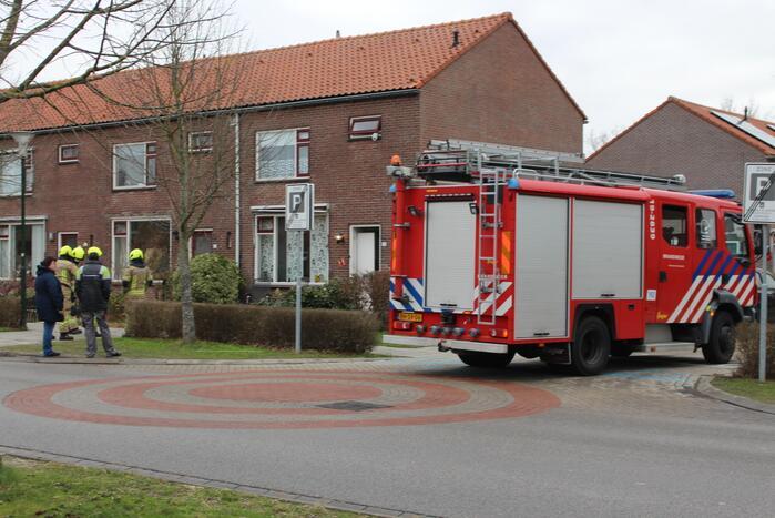 Brandweer schiet te hulp bij gaslek in woning