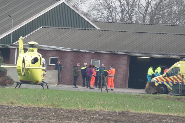 Man overleden door beknelling in machine
