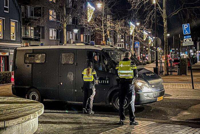 Politie heeft handen vol aan ongeregeldheden