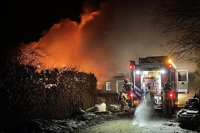 Grote brand in loods Van den Elsen Houtbouw