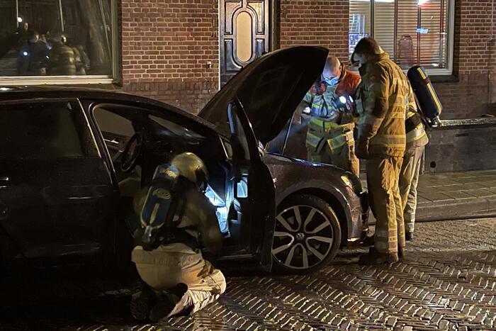 Auto vat vlam in Soesterkwartier