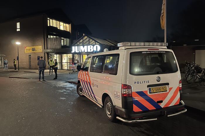 Jumbo supermarkt sluit deuren vanwege dreigende situatie