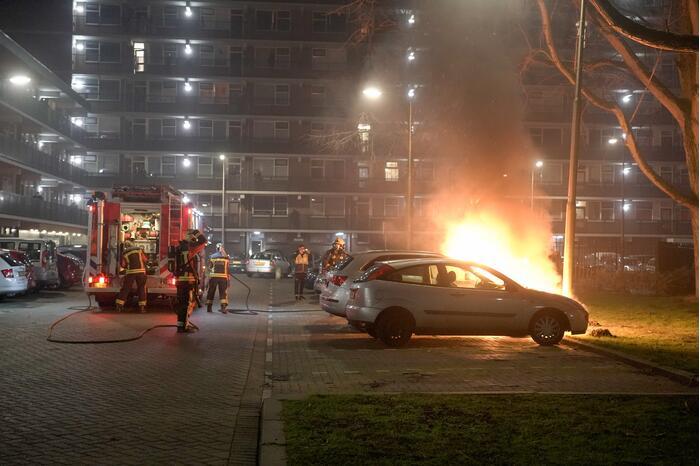 Zoveelste autobrand tijdens avondklok