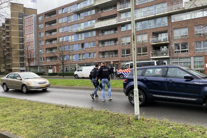 Politie valt woning binnen na melding
