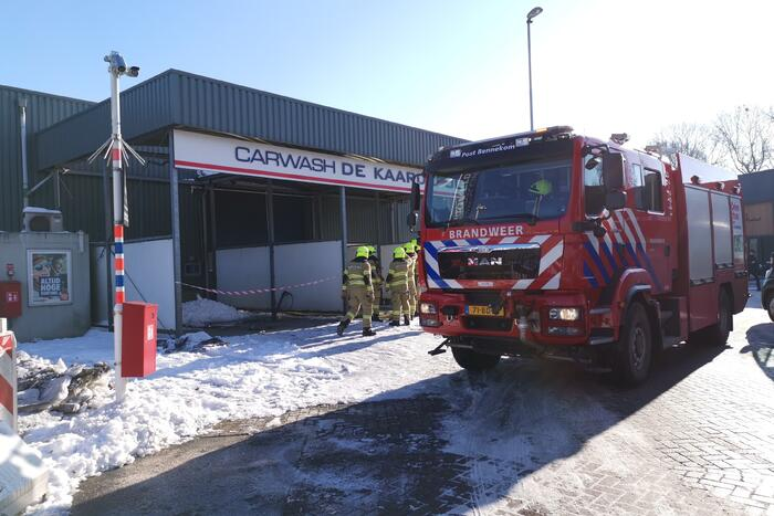 Carwash gesloten door ingestort dak