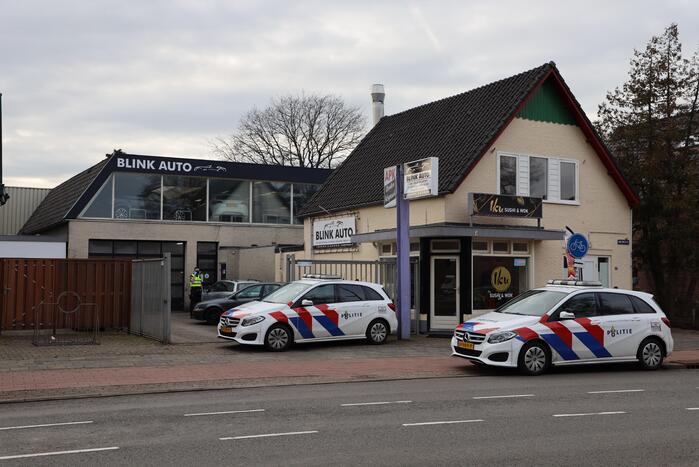 Grootschalige politie-inval bij Blink Auto's