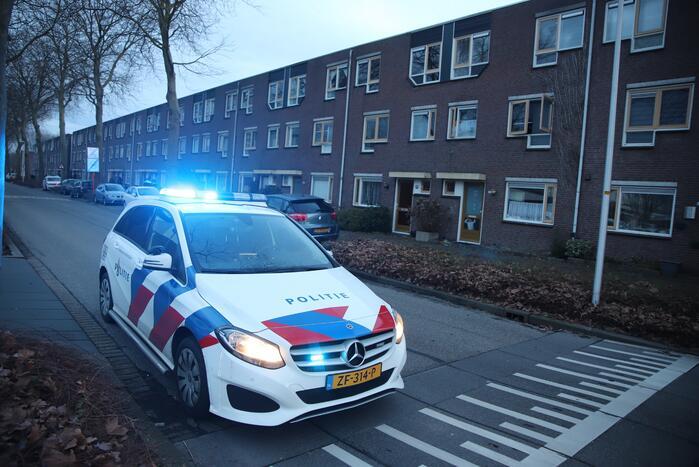 Politie start zoekactie na vermoedelijk steekpartij