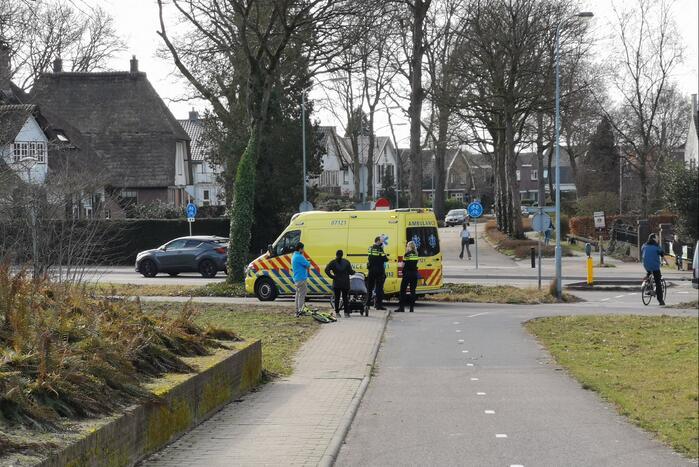 Overstekende fietsertje aangereden door auto