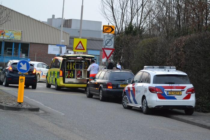 Scooterrijder aangereden door personenauto