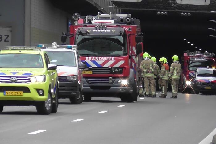 Ongeval met meerdere voertuigen in Beneluxtunnel
